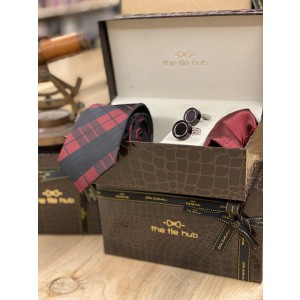 Maroon and Black Checkered Necktie,Pocket Square and Cufflinks Combo
