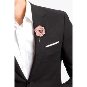 Zinnia Peach Flower Lapel Pin
