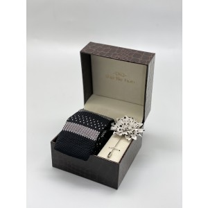 Merchants Geo Black And White Knitted Necktie and Lapel Pin Combo Box